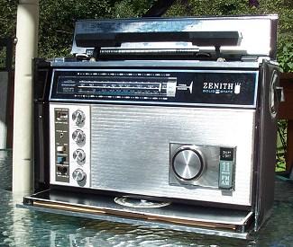 Radio by zenith year models Zenith K526