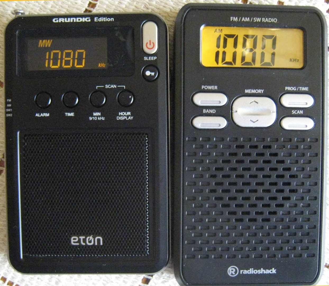 Radio: Eton Mini & Radio Shack 2000669 Pocket AM/FM/SW Radios