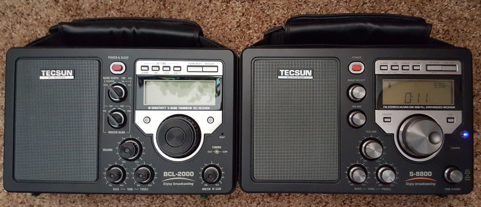 Tecsun S 8800 Am Lw Sw Fm Field Radio With Remote Radiojayallen Indicator Circuit Left Bcl 2000 Circa 2004 Right Similar On The Outside Inside A Totally Re Designed Superior